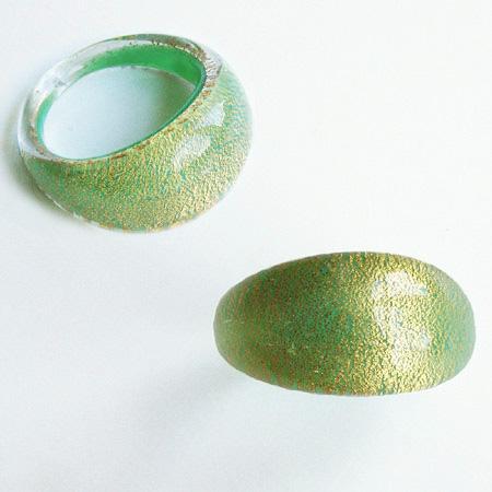 Grön Guld Glasring Medium