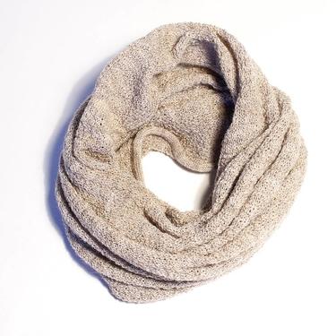Sandbeige Buff / Mössa Mariedal Design