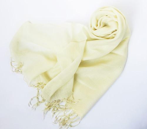 benvit ullsjal schalar halsdukar   scarves sjalar på nätet c150470feef08