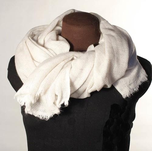 naturvit ullsjal schalar halsdukar   scarves sjalar på nätet 728ed234226be