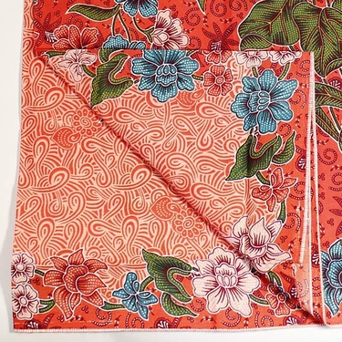 Indonesisk Röd Batik Sarong