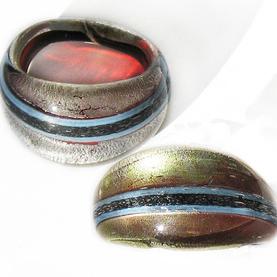 Svart Streck Glasring Medium