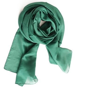 Smaragdgrön Sidensjal Ingela 2:a sort.
