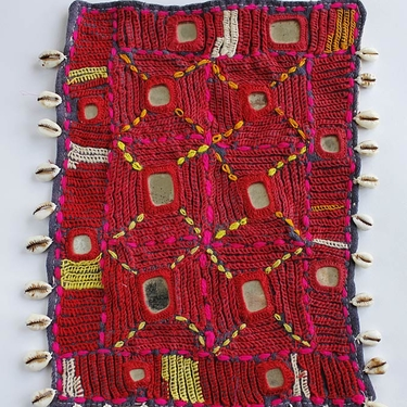 Vintage Cowrie Spegelglas Broderi Banjara